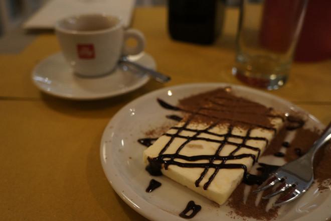 フィレンツェ、ピッツィーノのデザート