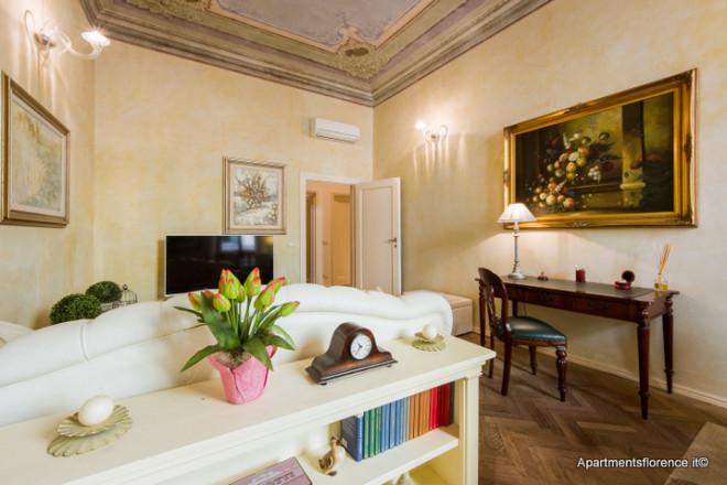 フィレンツェのアパート、ギベッリーナ・バルコニー