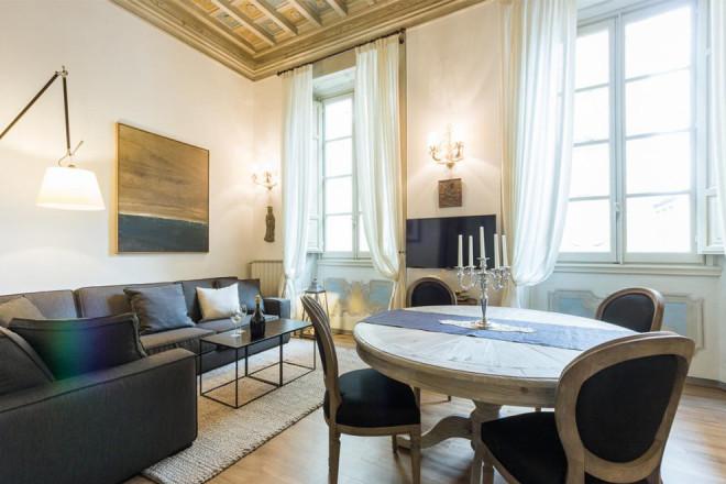 フィレンツェの滞在型アパート、オルサンミケーレ
