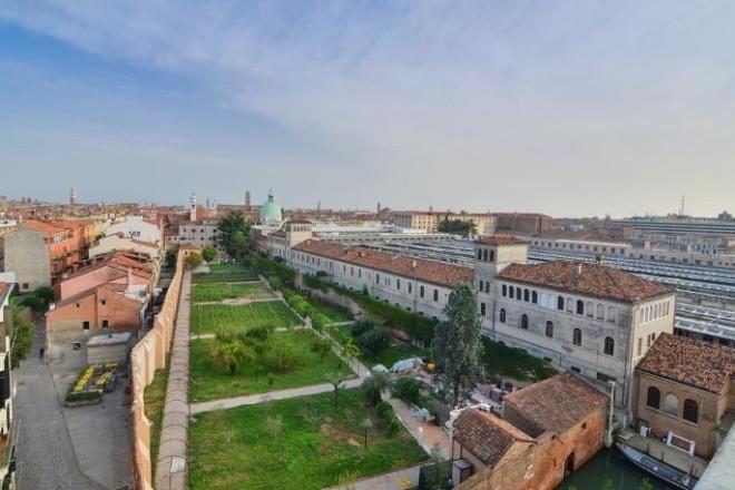 ヴェネツィアのアパート、ジャンドゥイア