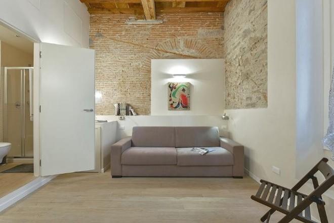 フィレンツェのアパート、コンティのリビング1