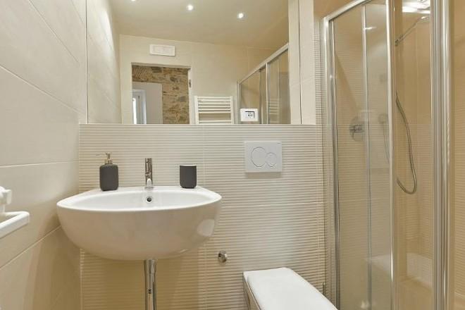 フィレンツェのアパート、コンティの浴室