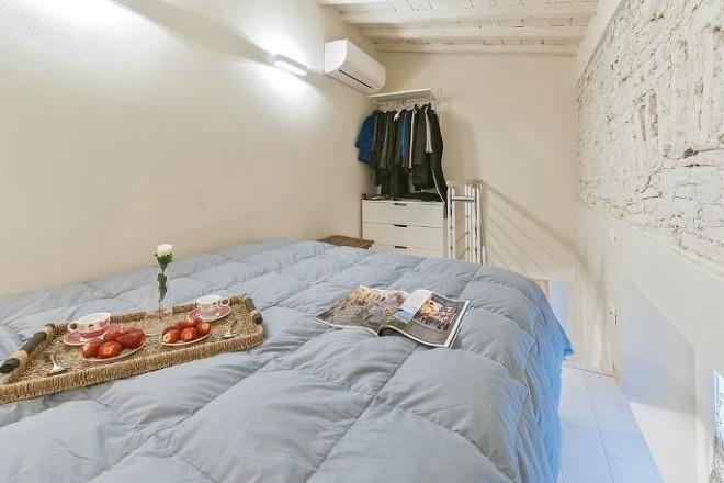 フィレンツェのアパート、コンティの寝室3
