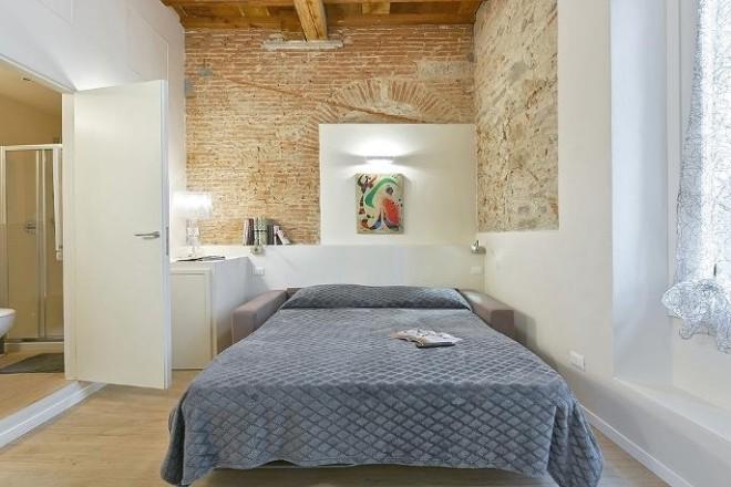 フィレンツェのアパート、コンティのリビングのソファーベッド