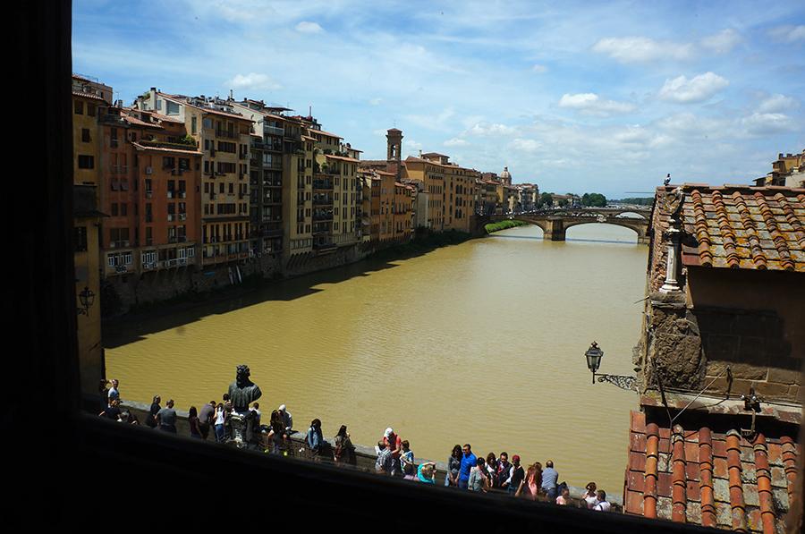 フィレンツェ、ヴァザーリの回廊ツアー