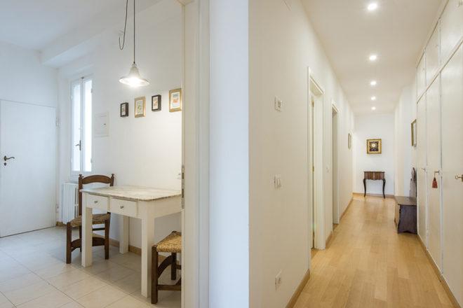 フィレンツェの滞在型アパート、アルノブリッジビューの廊下