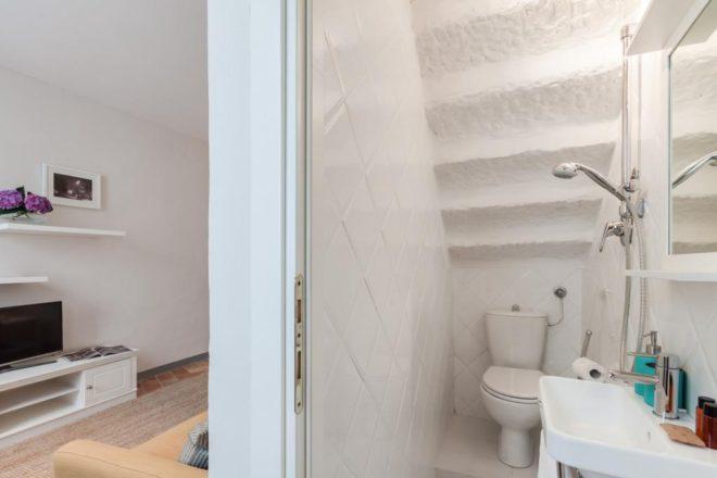 フィレンツェのアパート、トスカのトイレ