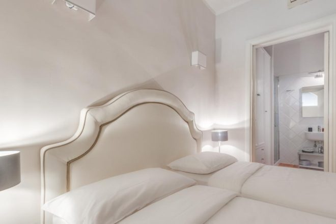 フィレンツェのアパート、トスカの寝室
