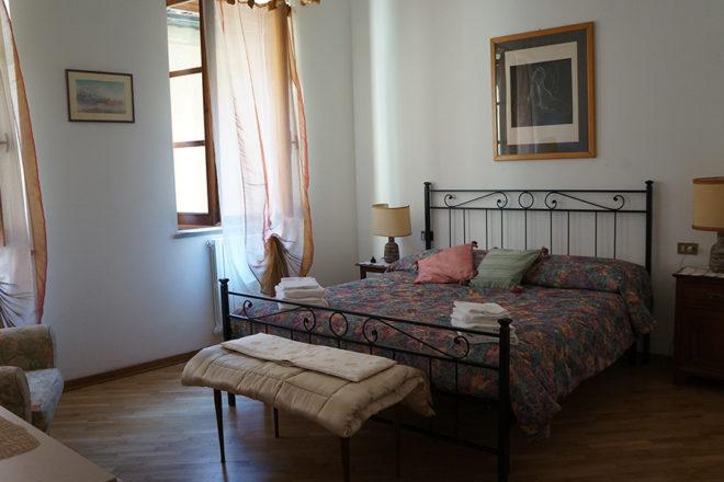 フィレンツェのアパート、フェデリギ寝室1