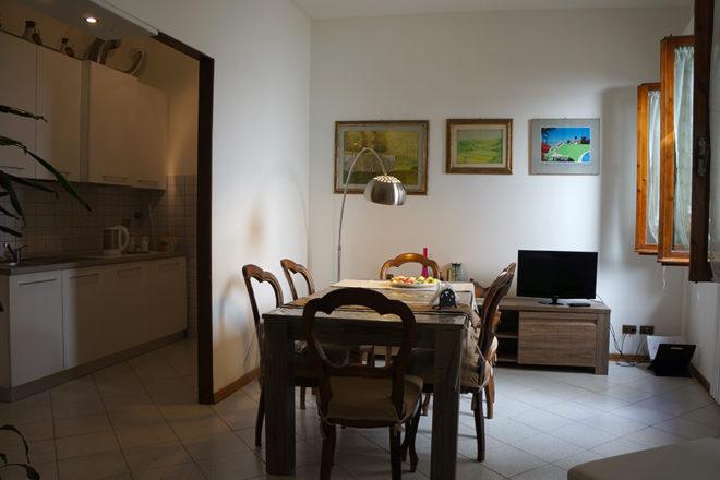 フィレンツェのアパート、フェデリギのリビング