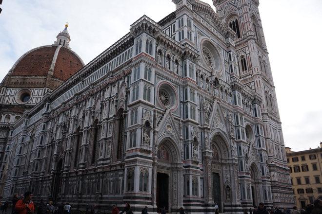 フィレンツェの大聖堂外観