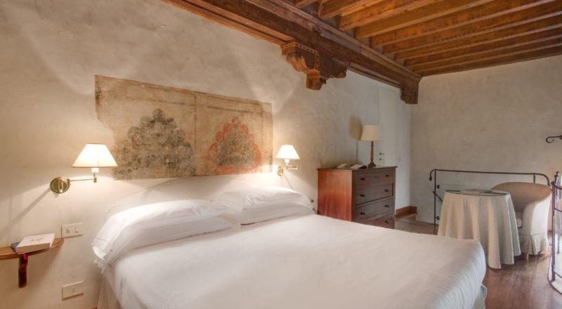 フィレンツェのアパート、サンマルコの寝室