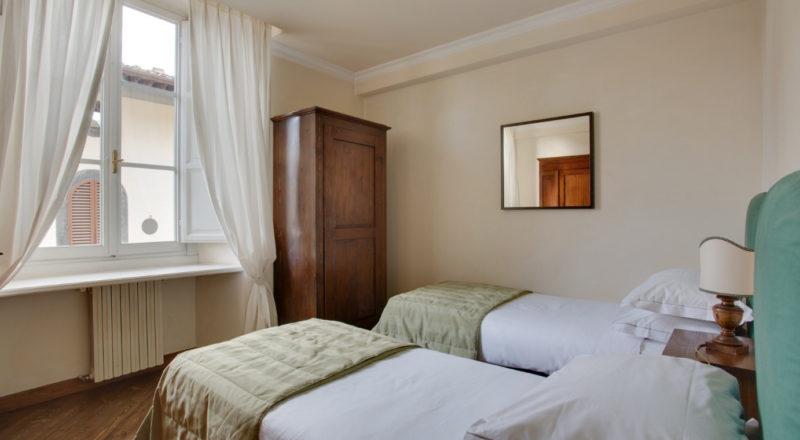 フィレンツェのアパート、サンタクローチェの寝室