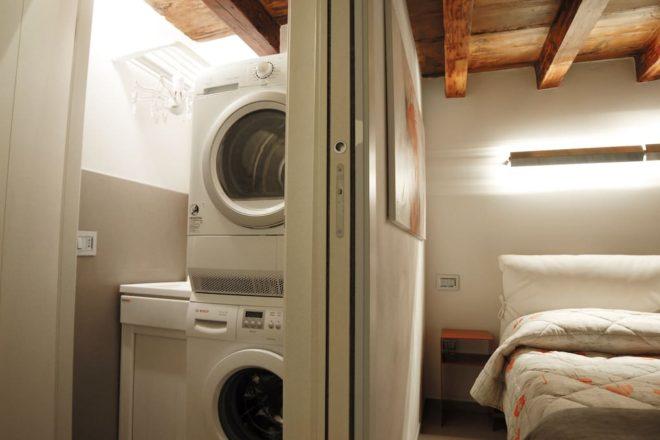 フィレンツェのアパート,チェルキの洗濯機