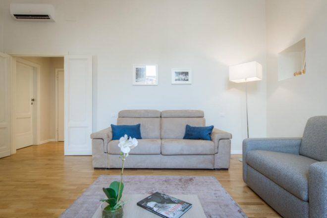 フィレンツェのアパート、レプッブリカのリビング