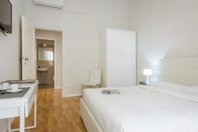 フィレンツェのアパート、レプッブリカの寝室