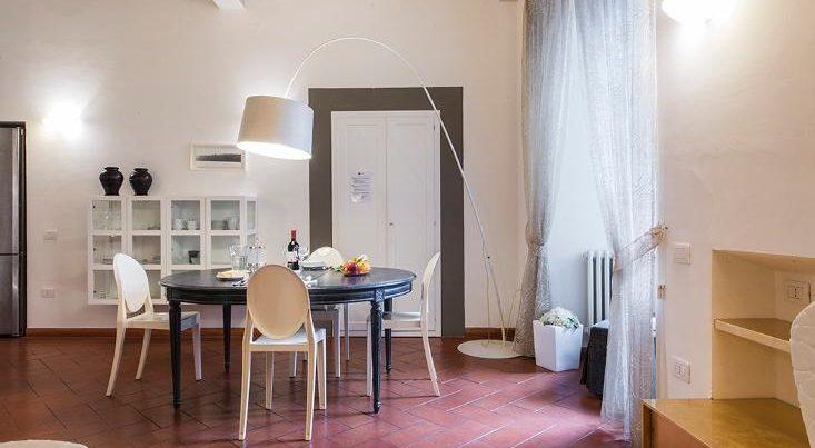 フィレンツェのアパート、テルメストゥーディオのリビング