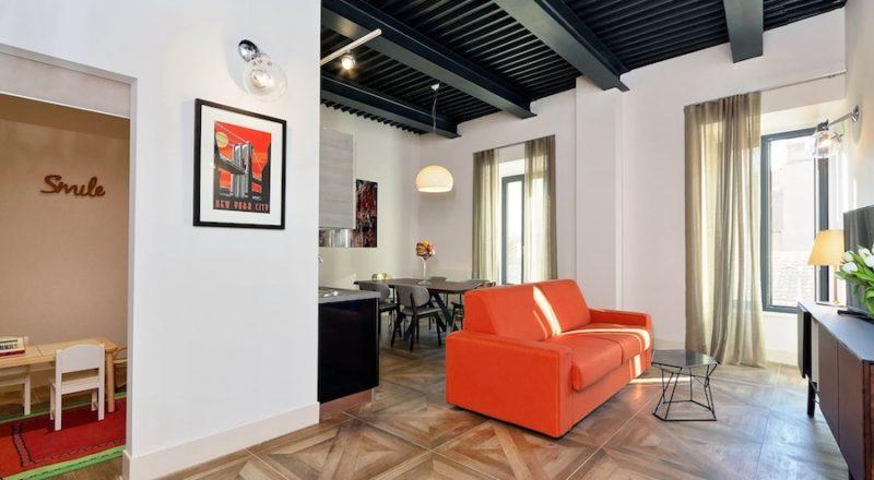 ローマの滞在型アパートバジリコのリビング